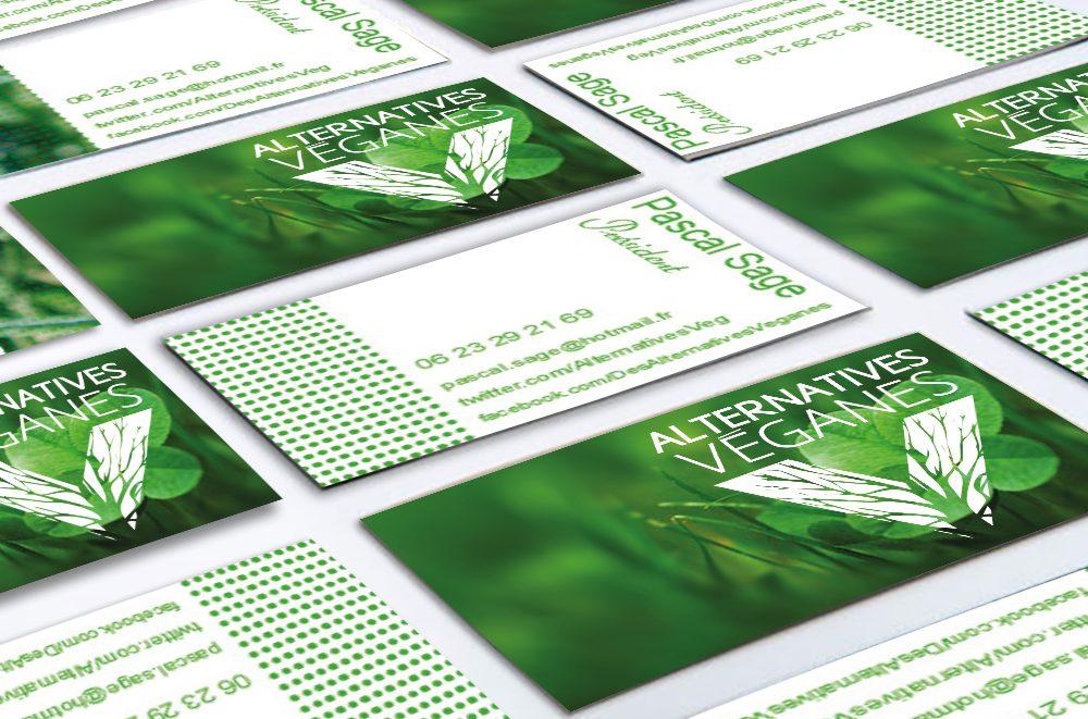Alternatives Veganes Est Une Chance Un Flou Progressif Entoure Le Trefle Pour Accentuer Focus Sur LogoSur Verso Reprise Du Vert Et Rajout